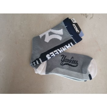 New York Yankees Team Logo Gray MLB Socks