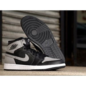 Air jordan 1 Retro High OG Black Soft Grey Shoes