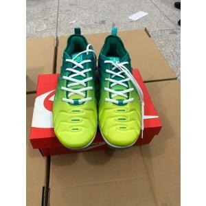 Nike Air Max 720 Green Yellow Shoes